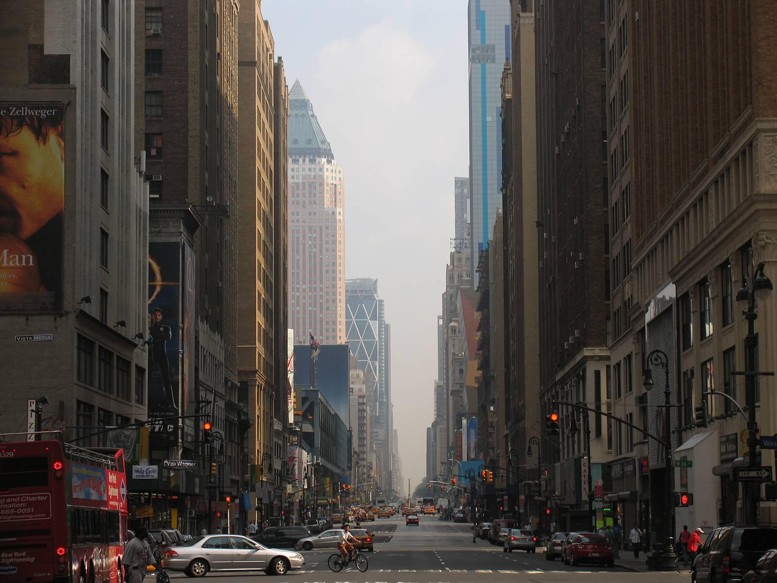 New-York-street-skyscrapers-Broadway