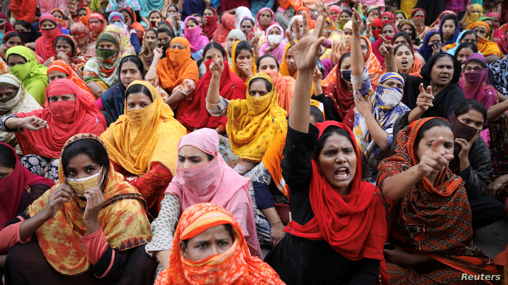 Garment workers protest for higher wages in Dhaka